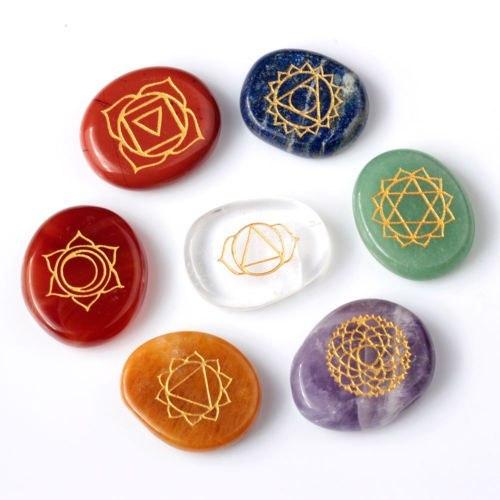 Камни с чакрами