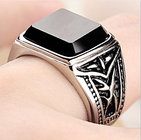 Перстень с обсидианом