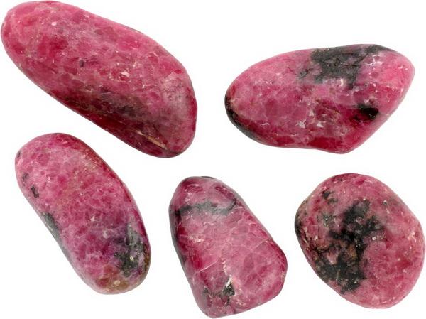 Камни родонит