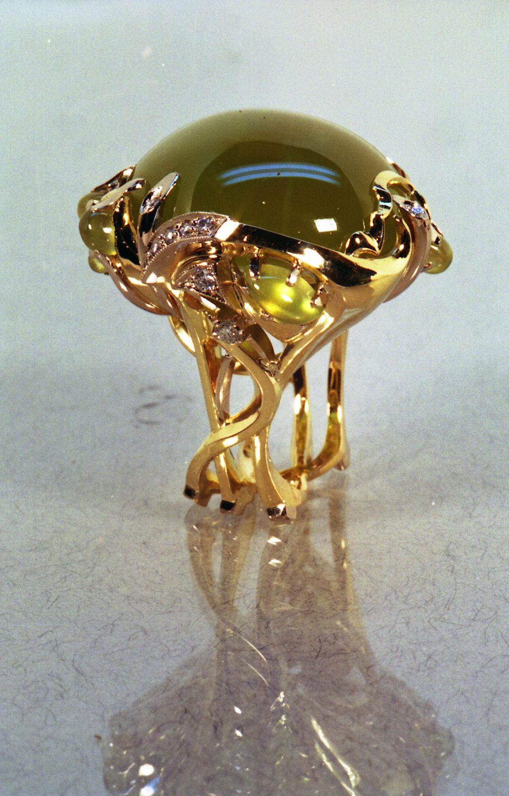 Кольцо с везувианом