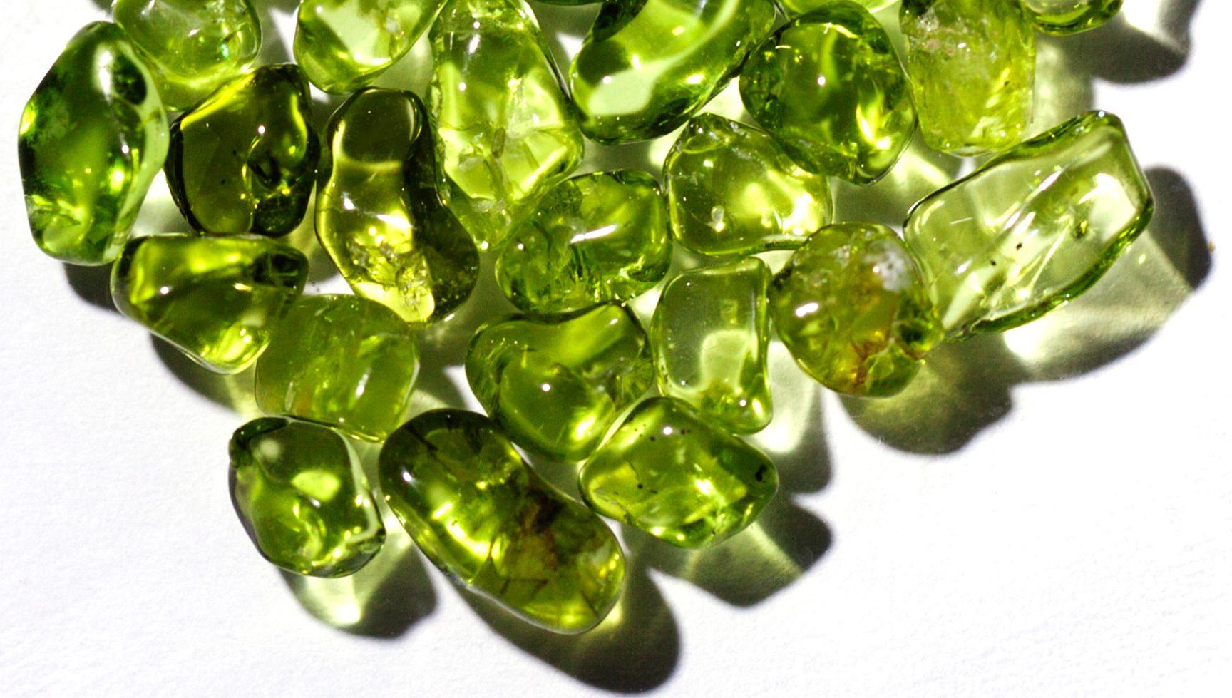 Хризолит камень свойства кому подходит