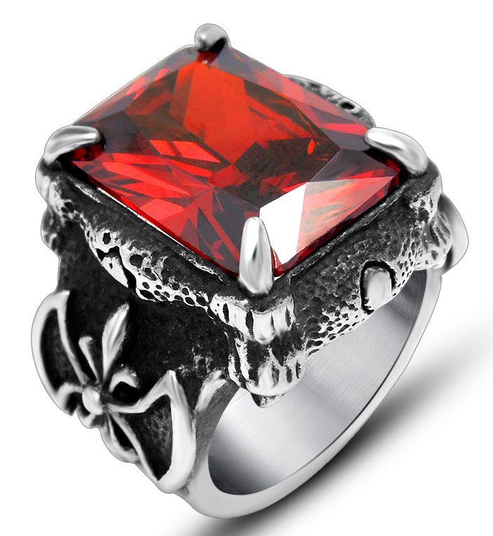 Кольцо с красным цирконом