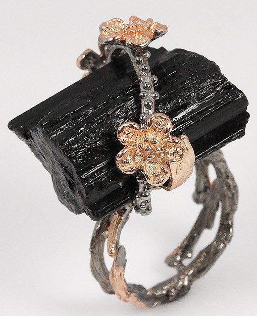 Кольцо с Черным Турмалином Шерл