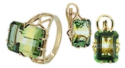 Кольцо и серьги с зеленым турмалином