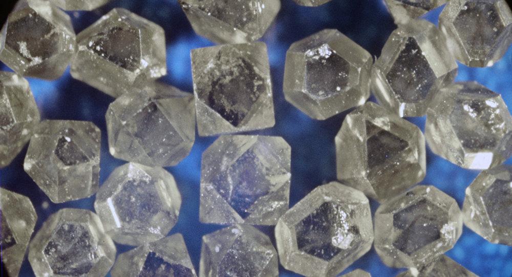 Алмаз синтетический