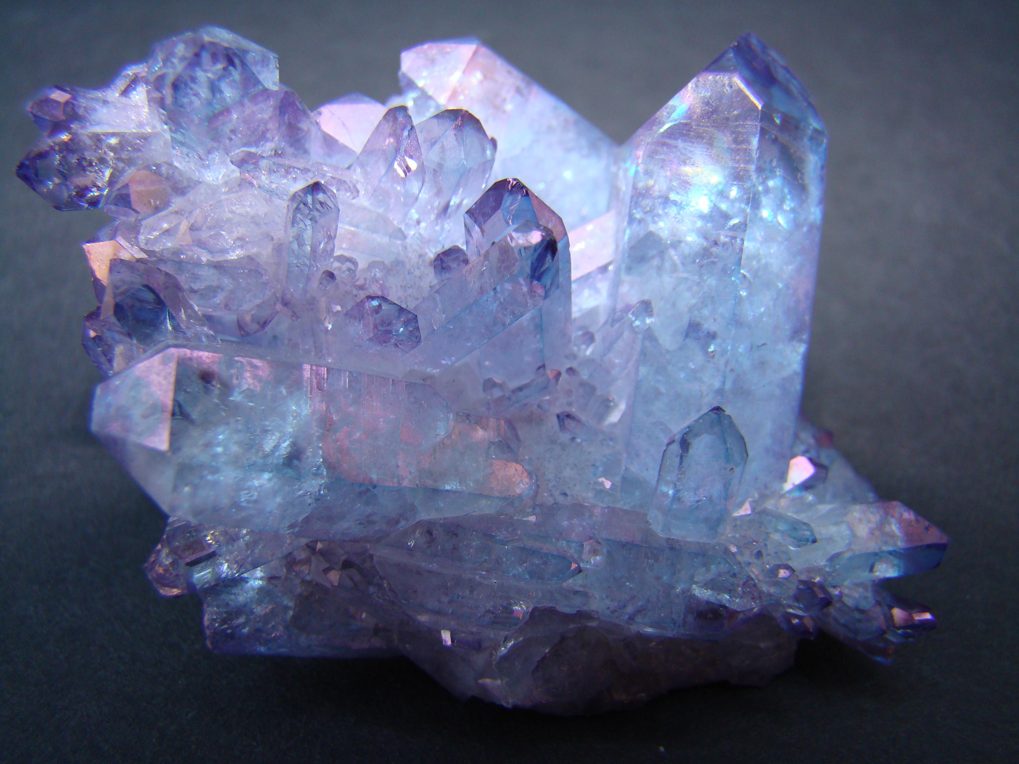 они мир кристаллов в картинках сих пор неизвестно