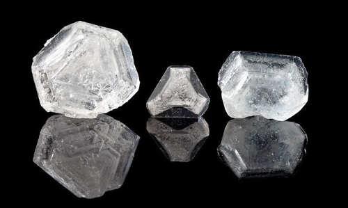 Квасцовый камень Алунит