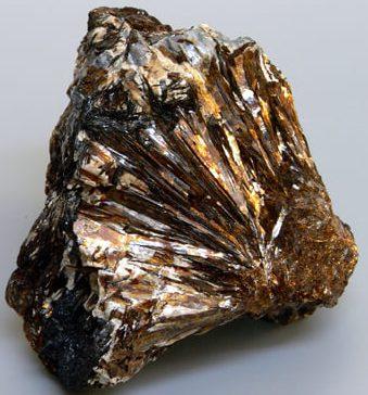 Астрофиллит камень