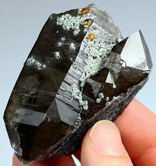 Морион камень
