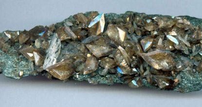 Титанит (сфен) свойства камня